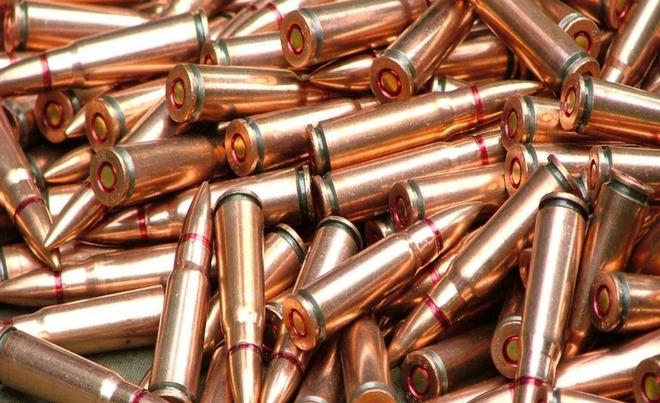 Vén màn thế lực giấu mặt bán vũ khí cho Armenia: Chuyên gia cảnh báo Đừng đùa với lửa! - Ảnh 1.