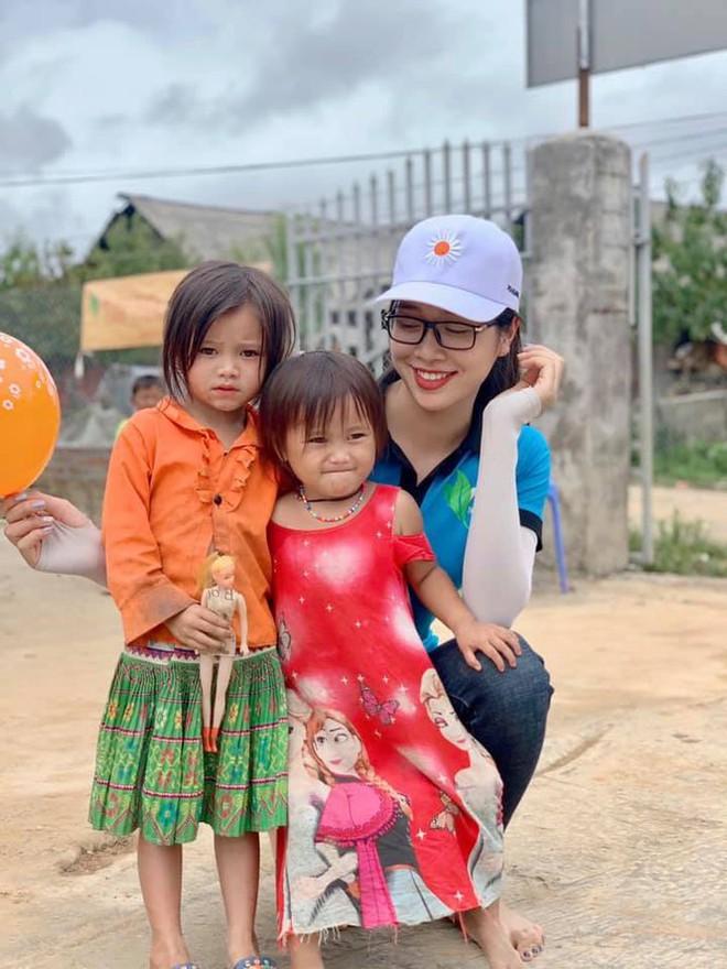 Hai hotgirl hàng không lọt Bán kết Hoa hậu Việt Nam 2020 - Ảnh 9.