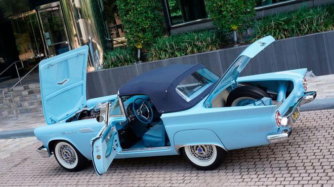 Chiếc xe cổ hơn 60 năm tuổi với hộp số cực hiếm - Ảnh 2.