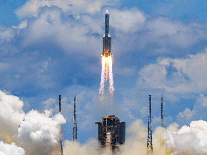 Tam cường trên sao Hỏa: UAE có vàng đen, Trung Quốc có thiết bị độc nhất vô nhị, Mỹ có gì từ 2,4 tỷ USD? - Ảnh 6.