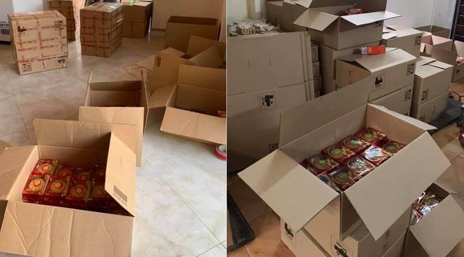 Xếp hàng chờ mua bánh Trung thu truyền thống thanh lý 14.000 đồng/chiếc - Ảnh 4.