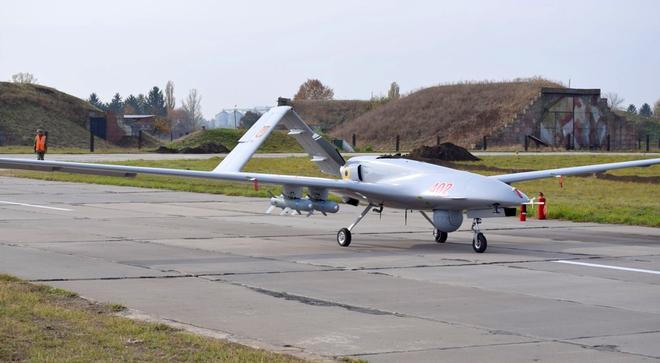 Xung đột Armenia - Azerbaijan giúp UAV Thổ nổi như cồn, Ankara có ngay hợp đồng khủng - Ảnh 1.