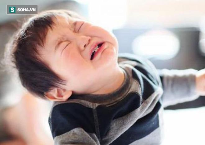 Thường xuyên làm 6 việc này, các bậc cha mẹ đang trực tiếp gây hại cho con mà không hay: Bạn có phạm phải việc nào không? - Ảnh 4.