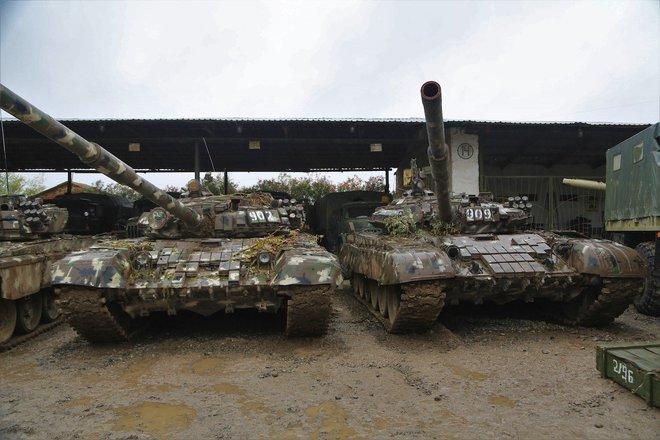 Armenia-Azerbaijan nướng cả 100 xe tăng chỉ sau 7 ngày, vua chiến trường đã hết thời? - Ảnh 1.