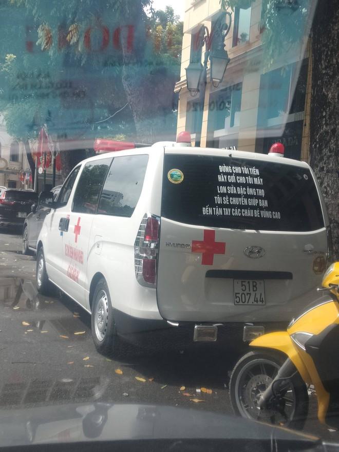 Ngoài chở bệnh nhân nghèo, ông Đoàn Ngọc Hải sẽ chở hài cốt liệt sĩ được quy tập - Ảnh 1.
