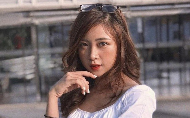 Vợ Phan Văn Đức khoe dáng nuột nà, gợi cảm sau sinh