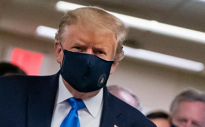 """Tổng thống Trump là """"bệnh nhân duy nhất hành tinh"""" được điều trị COVID-19 bằng liệu trình đặc biệt"""