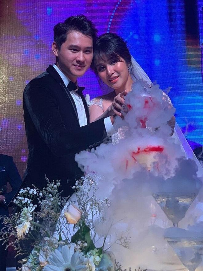 Vợ cũ Phan Thanh Bình gây xôn xao khi tái hôn với chồng mới kém 8 tuổi - Ảnh 3.
