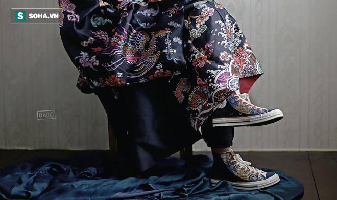 Mua giày Converse nổi tiếng của nước ngoài, vẽ thêm hoa văn Việt Nam, chàng trai bán giá 15 triệu đồng/đôi - Ảnh 15.