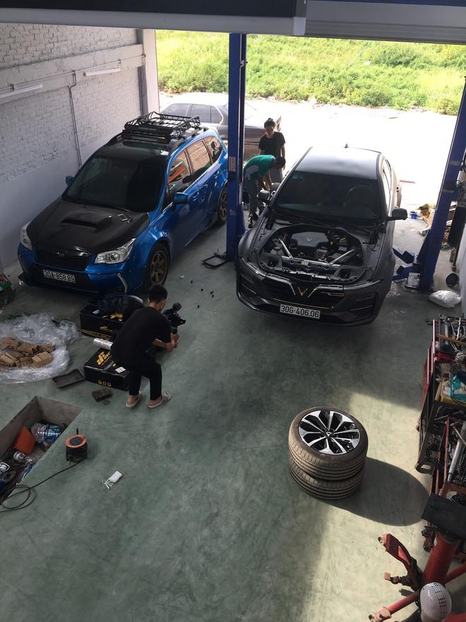 Ông chủ xưởng vừa ra lò chiếc VinFast độ body thân rộng đầu tiên tại Việt Nam: Nhiều người coi độ xe là phá xe - Ảnh 6.
