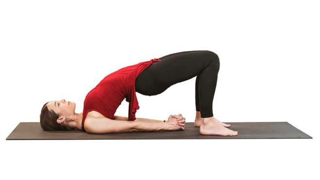 Tư thế Cây cầu: Thuốc giảm đau tự nhiên sau 7 ngày cho ai đau lưng, cột sống, tiêu hóa - Ảnh 4.