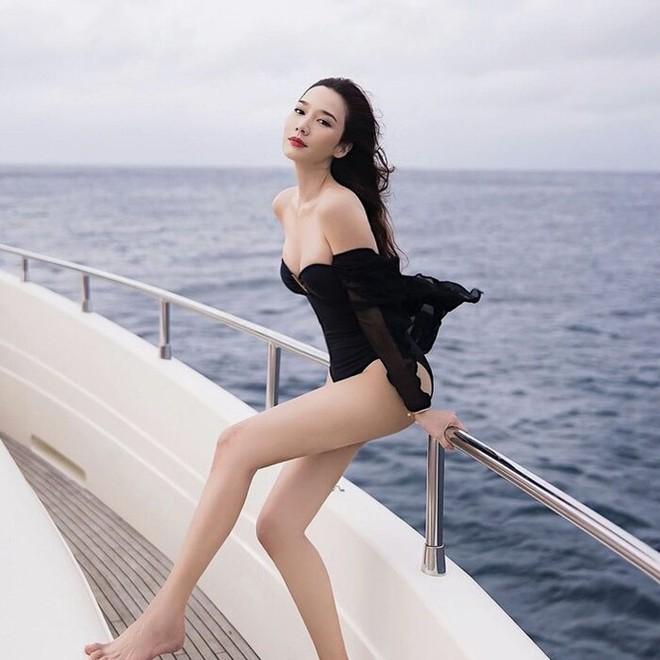 Nữ hoàng giải trí Thái Lan khoe thân hình nóng bỏng ở tuổi tứ tuần - Ảnh 4.