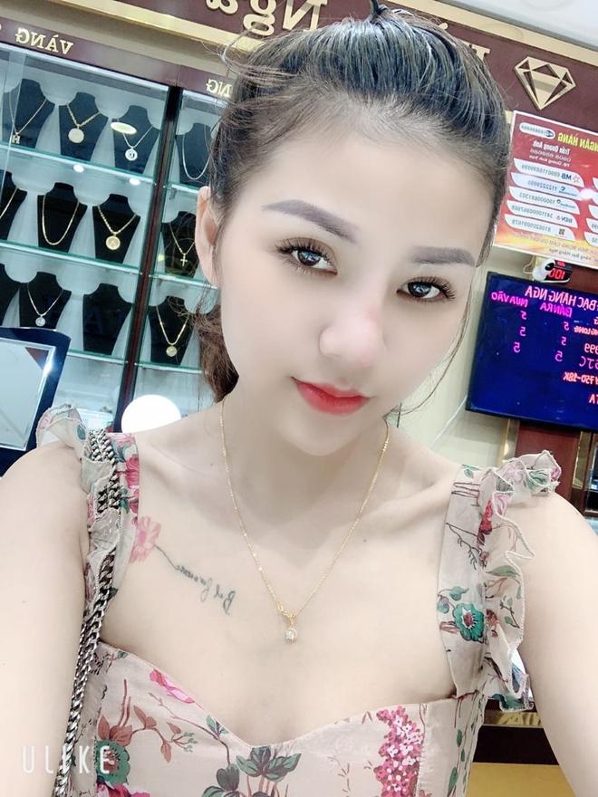 Trinh sát tiết lộ thủ đoạn tinh vi kiếm khách bán dâm của tú bà 22 tuổi ở Tuyên Quang - Ảnh 2.