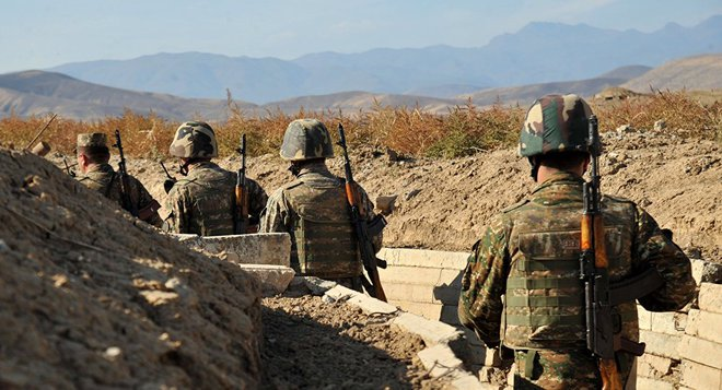 Azerbaijan tấn công đoàn xe bọc thép, hệ thống tên lửa của Armenia - TT Putin ra tuyên bố xoay chuyển chiến trường - Ảnh 1.