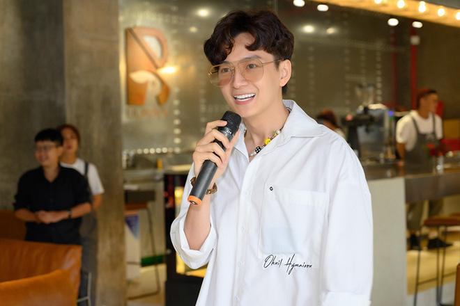 Tú Vi, Khánh My mặc gợi cảm đến ủng hộ Xuân Lan - Ảnh 9.