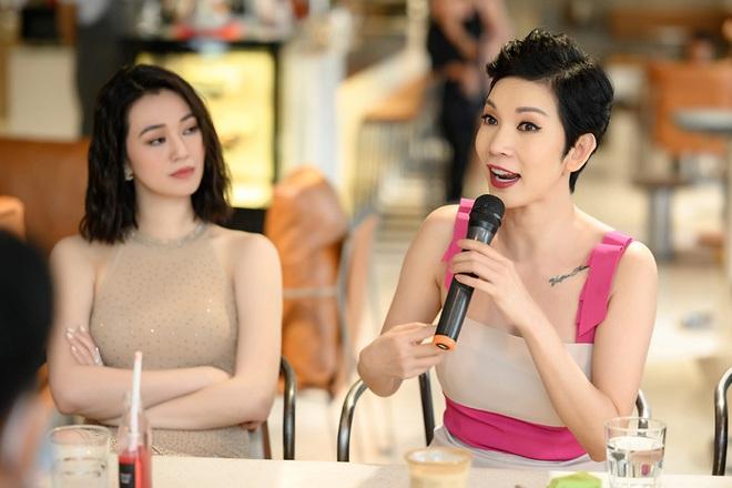 Tú Vi, Khánh My mặc gợi cảm đến ủng hộ Xuân Lan - Ảnh 11.