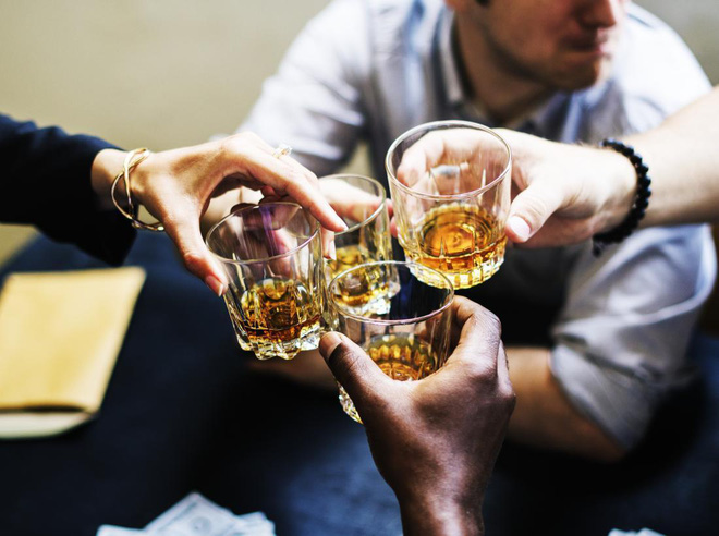 Loại đồ uống hấp thụ càng nhiều càng có nguy cơ ung thư: 7/10 người Mỹ không biết, người Việt dùng vô tội vạ - Ảnh 4.