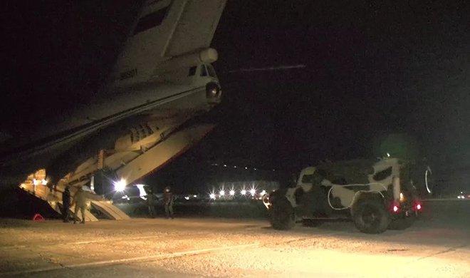 Azerbaijan bắn rơi tan xác trực thăng quân sự Nga ở Armenia: TT Putin lập tức ra tuyên bố cực nóng - Ảnh 2.