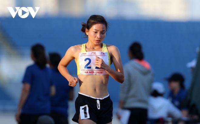 Giải Vô địch Điền kinh Quốc gia 2020: Nguyễn Thị Oanh giành HCV 5000m