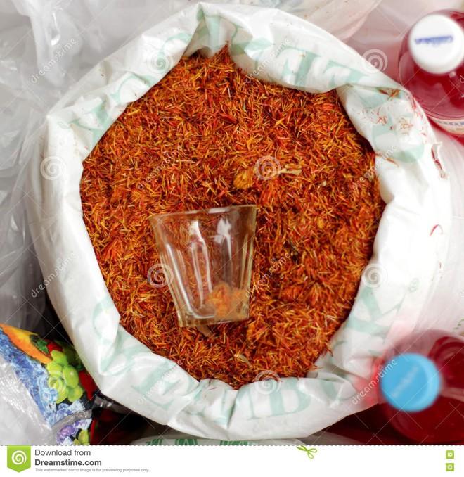 Nhà giàu Việt săn lùng nhụy hoa giá 450 triệu đồng/kg, chuyên gia chỉ rõ: Sẵn trong các thuốc rẻ tiền dễ kiếm! - Ảnh 8.