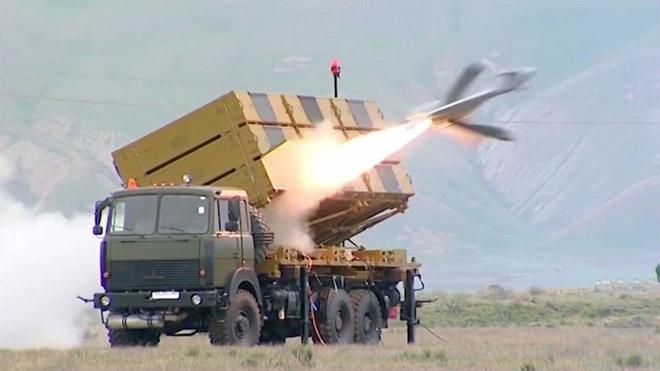 Azerbaijan phá hủy hàng trăm phương tiện chiến tranh của Armenia: S-300 cũng không thoát - Ảnh 3.