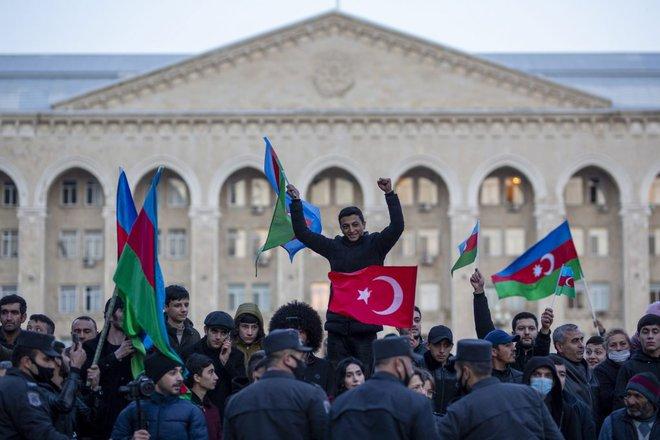 Sau Karabakh, Thổ sẽ cùng Pakistan thổi bùng lên cuộc chiến rất gần Trung Quốc? - Ảnh 1.