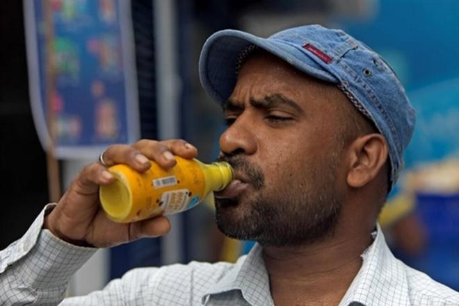 Nghệ tại chợ đen Sri Lanka có giá tương đương vàng  - Ảnh 1.