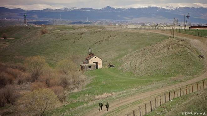 Al-Monitor: Nói Nga thắng cuộc ở Karabakh là hơi quá đà, Armenia sẽ sớm về phe Thổ? - Ảnh 5.