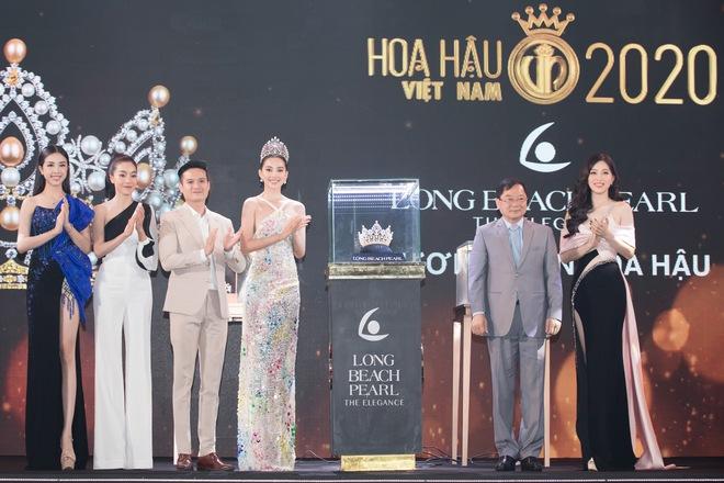 Vì sao Hoa hậu Việt Nam 2020 giảm tiền thưởng, không công bố giá trị vương miện của hoa hậu? - Ảnh 2.