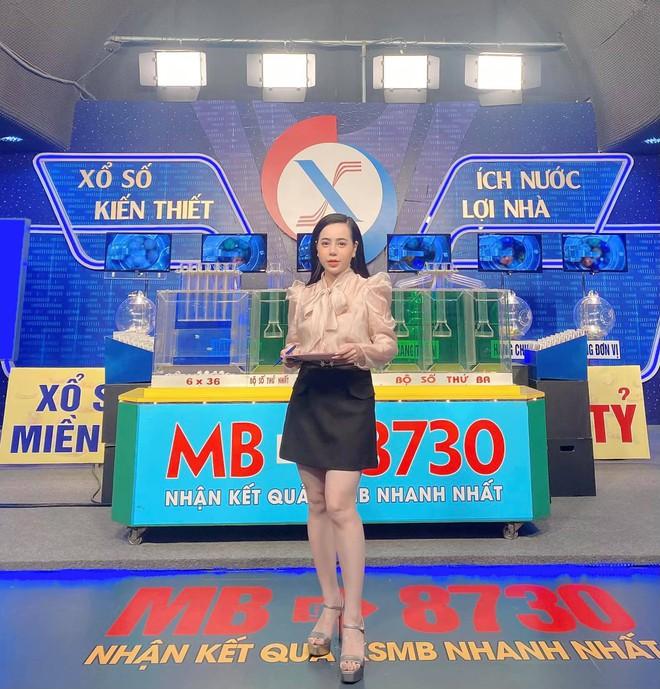 Chân dung Cô gái vàng trong làng xổ số: Ban ngày chỉn chu, buổi tối làm DJ cực nóng bỏng - Ảnh 3.