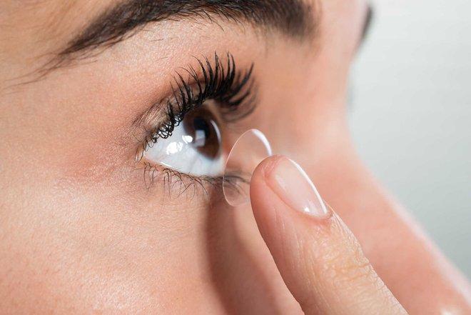 BS nêu đích danh 6 thói quen xấu khiến cho thị lực suy giảm: Hãy thay đổi để cứu đôi mắt - Ảnh 3.