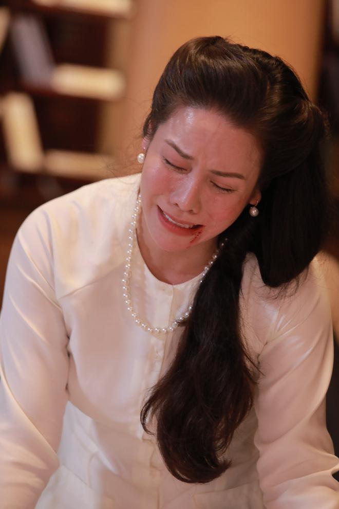 Nhật Kim Anh phá lệ, lần hiếm hoi làm điều tối kị trong sự nghiệp - Ảnh 7.