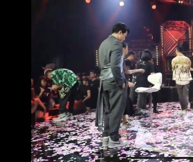 Con trai Xuân Bắc lý giải hài hước về lý do Karik khóc trong đêm chung kết Rap Việt - Ảnh 3.