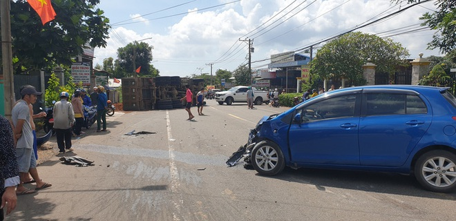 Tai nạn liên hoàn giữa xế hộp, xe ben và bán tải ở Bà Rịa - Vũng Tàu  - Ảnh 4.