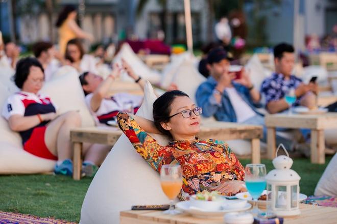 Sự kết hợp lạ lùng nhưng tuyệt vời giữa marathon và âm nhạc bên bờ biển Phú Quốc - Ảnh 2.