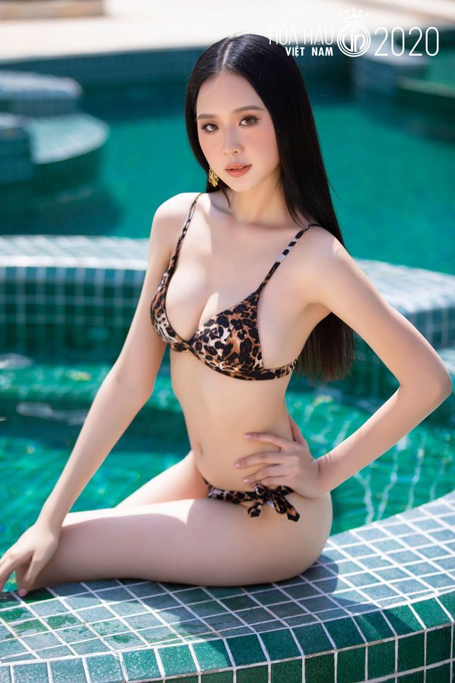 35 thí sinh đẹp nhất Hoa hậu Việt Nam đốt mắt với bikini - Ảnh 5.