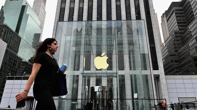 """Các nhà cung ứng của Apple đẩy mạnh tăng ca để đáp ứng """"nhu cầu khủng"""" của dòng iPhone 12 - Ảnh 1."""