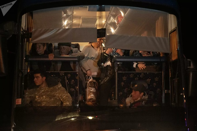 South Front: Thị sát biên giới, Tổng thống Azerbaijan lọt tầm ngắm lính bắn tỉa - Mỹ rình rập phát động chiến tranh, Iran ra tuyên bố nóng - Ảnh 3.