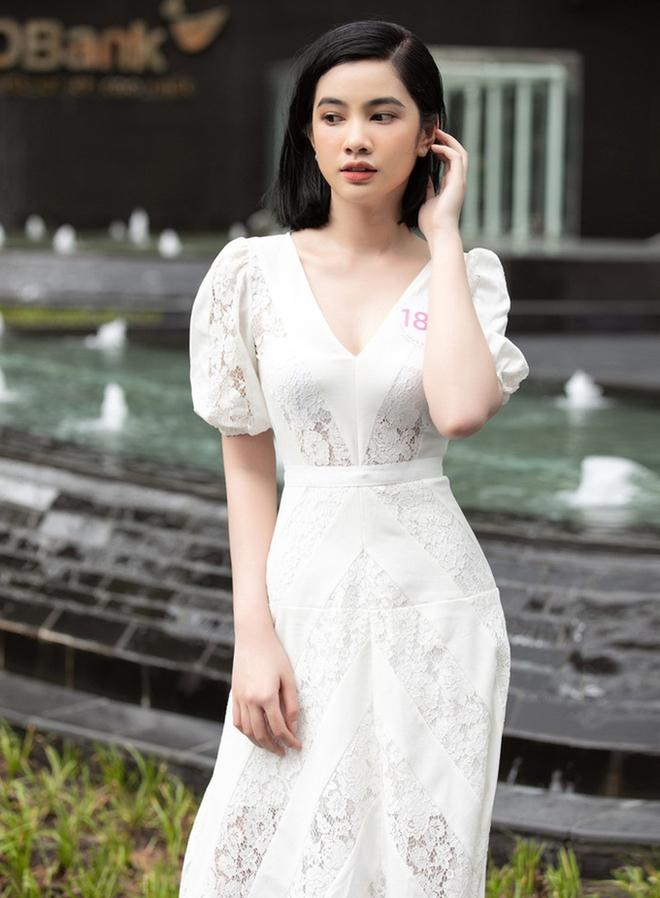 Nhan sắc thí sinh Hoa hậu Việt Nam nhận 2,4 nghìn bình luận - Ảnh 1.