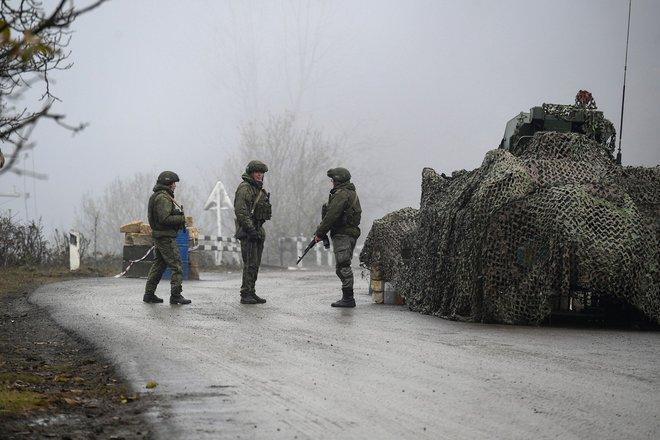 TT Putin lợi dụng cơ hội trời cho, giáng đòn sấm sét khiến Mỹ trở tay không kịp - Chiến sự Azerbaijan-Armenia nhiều diễn biến mới - Ảnh 4.