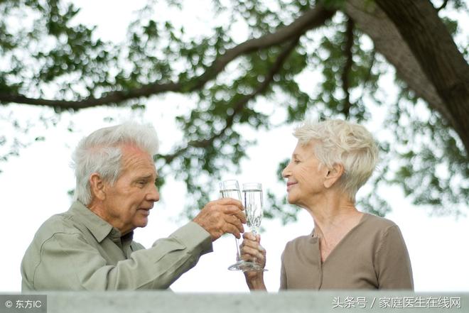 Ai làm được 6 việc nhỏ này hàng ngày, sức khỏe và tuổi thọ sẽ tự tích lũy theo thời gian - Ảnh 1.