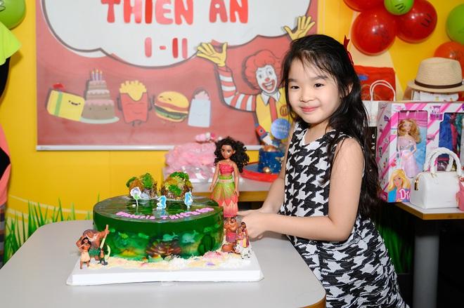 Sinh nhật tuổi lên 7 của con gái Xuân Lan - Ảnh 3.