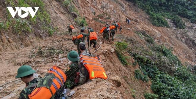 Tìm thấy thi thể Phó Bí thư Xã Đoàn khi đi giúp dân chống bão số 9 - Ảnh 4.