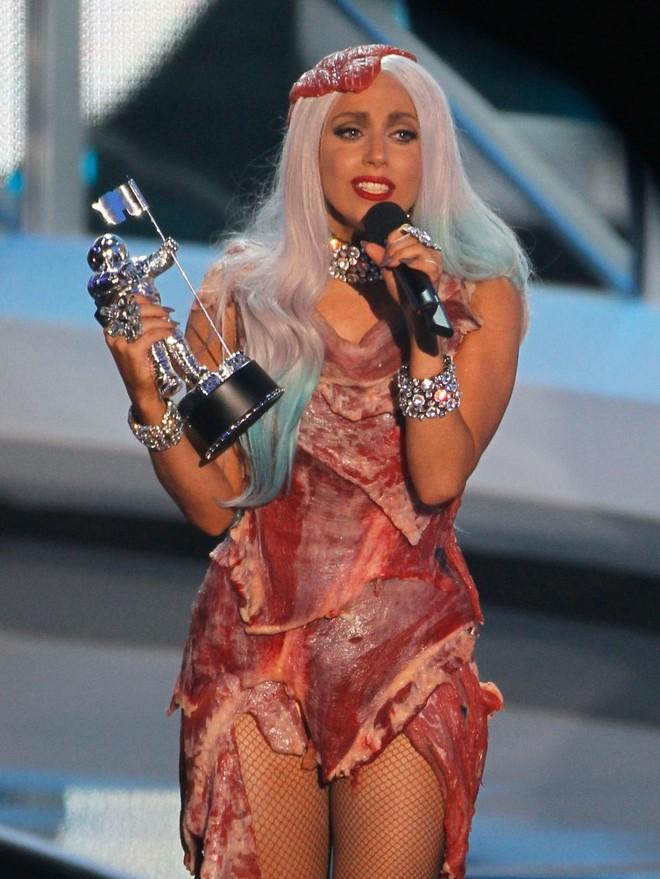 Lady Gaga và cuộc đời quá nhiều cay đắng: Bị xâm hại, sỉ nhục cả thế xác lẫn tâm hồn - Ảnh 5.