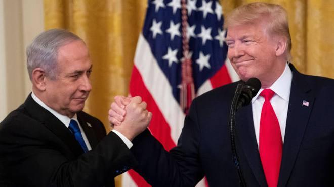 Tận dụng những tháng cuối, ông Trump giúp Israel thắng thế trước Iran - Ảnh 2.