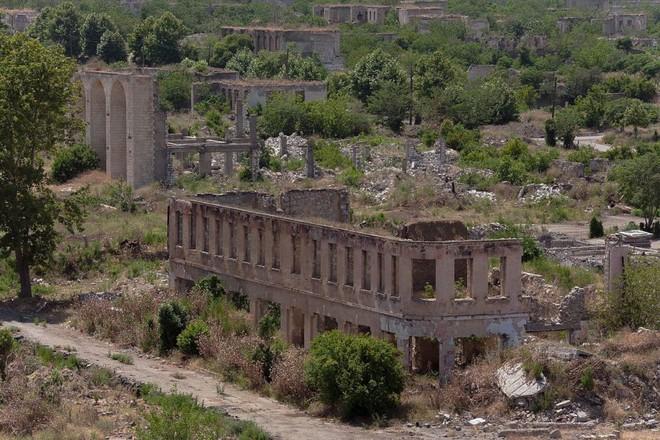 Chiến sự Azerbaijan-Armenia: TT Putin ra đòn khiến Washington choáng váng - Israel săn diệt tướng QĐ Syria - Ảnh 1.