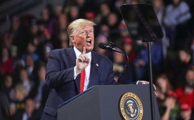 Tổng thống Trump đổi chiến thuật thách thức kết quả bầu cử