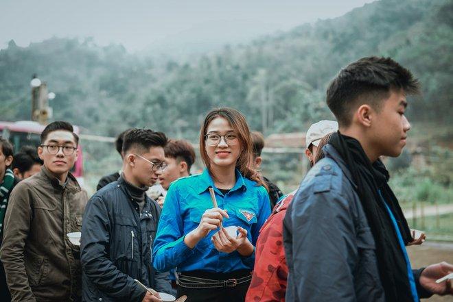 Nhan sắc đời thường gây mê mẩn của tân Hoa hậu Việt Nam 2020 Đỗ Thị Hà - Ảnh 7.