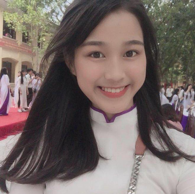 Nhan sắc đời thường gây mê mẩn của tân Hoa hậu Việt Nam 2020 Đỗ Thị Hà - Ảnh 5.