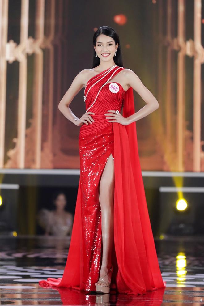 Á hậu 1 Hoa hậu Việt Nam 2020 học vấn khủng: Đạt giải Quốc gia tiếng Pháp, IELTS 8.0 - Ảnh 3.